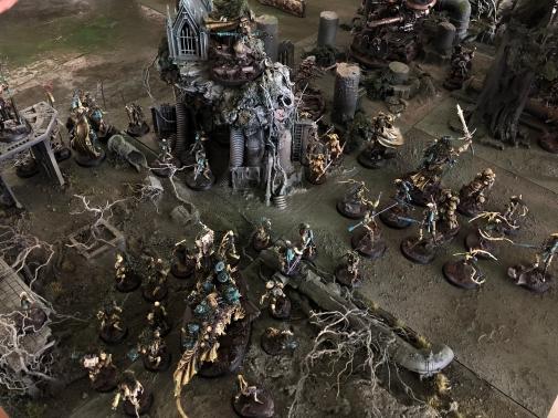 The Crategus Host defending Gheal, 3rd Moon, Gate Moon